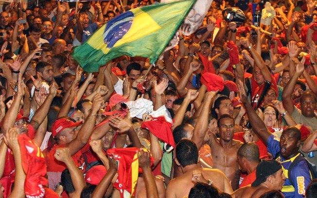 Polícias civil, militar e bombeiros entram em greve no Rio