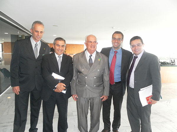 Central dos Sindicatos Brasileiros participa de reunião com o ministro Gilberto Carvalho