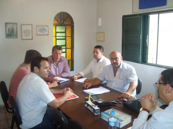 Sintramcat inicia série de reuniões com transportadoras de Catanduva