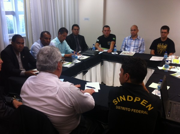 Sindpen-DF filia-se à CSB e pede respaldo da entidade em suas bandeiras de luta