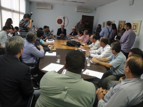Faiad apoia revitalização do MT Saúde e aprecia sugestão do Sintap em 1ª Reunião com Fórum Sindical