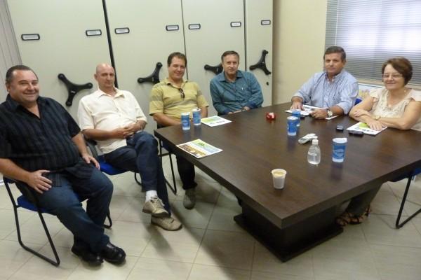 Coordenador-geral da CSB no Paraná se reúne com a Fesmepar