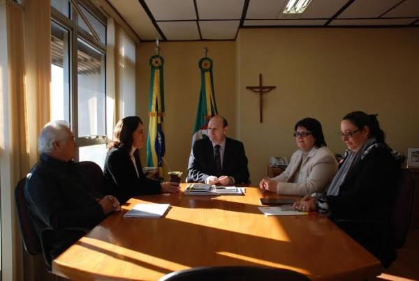 SASERS realiza mobilizações com governo estadual e federal em defesa dos assistentes sociais