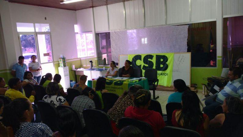 Servidores de Porto Acre (AC) aprovam greve a partir de 1º de agosto