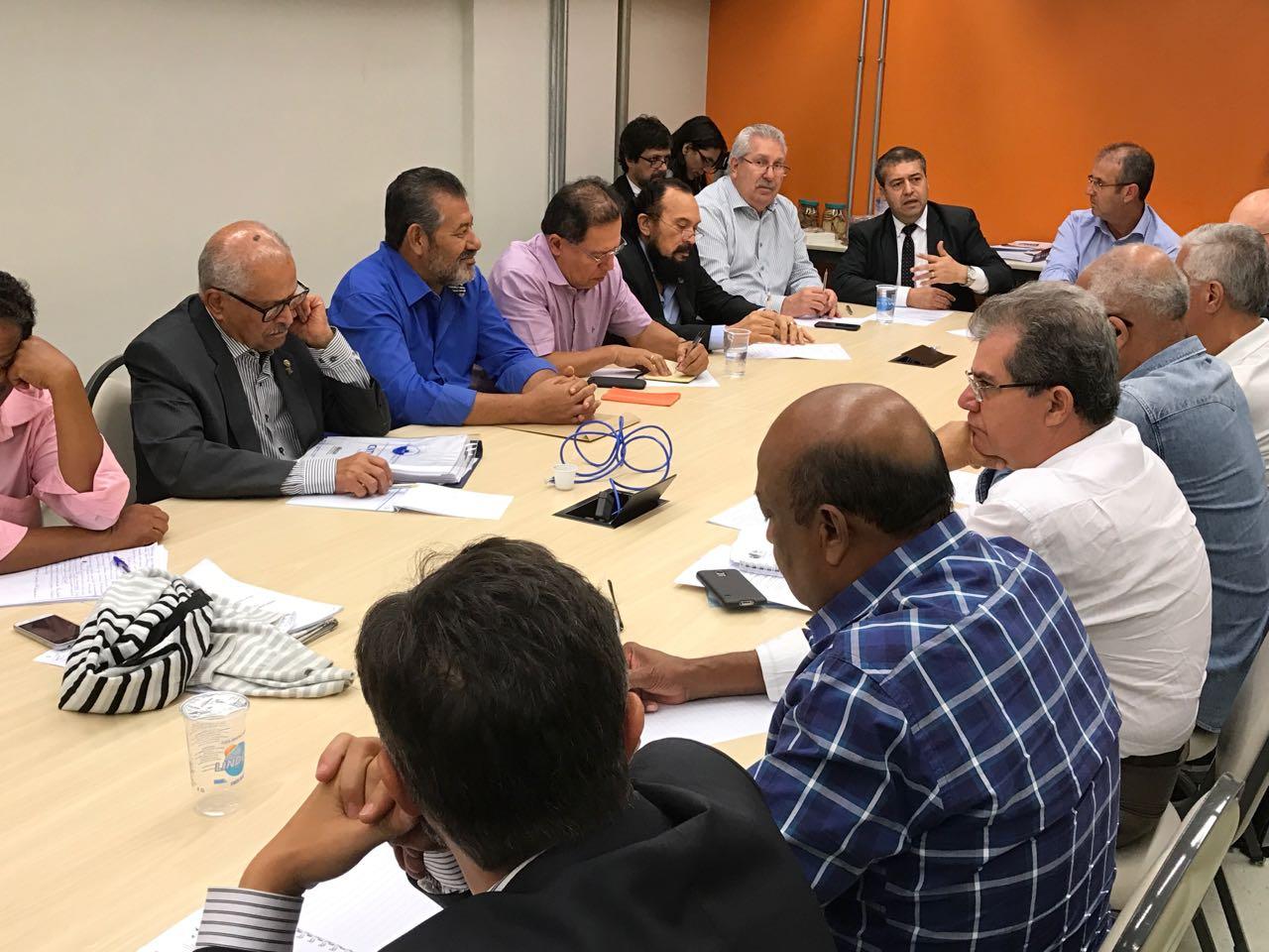 Centrais e Ministério do Trabalho criam grupo para aprimorar projeto de modernização das leis trabalhistas