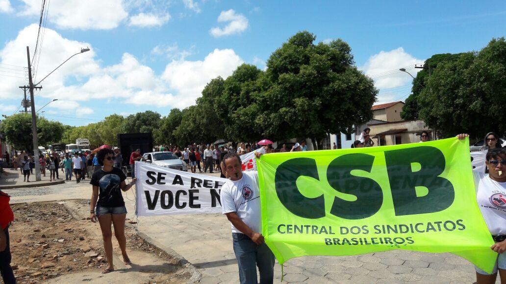 CSB e FESERP-MG promovem manifestação contra PEC 287 em Águas Formosas