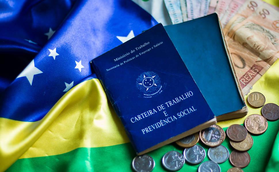 Com crise, Ferraço diz que tramitação da reforma trabalhista está suspensa