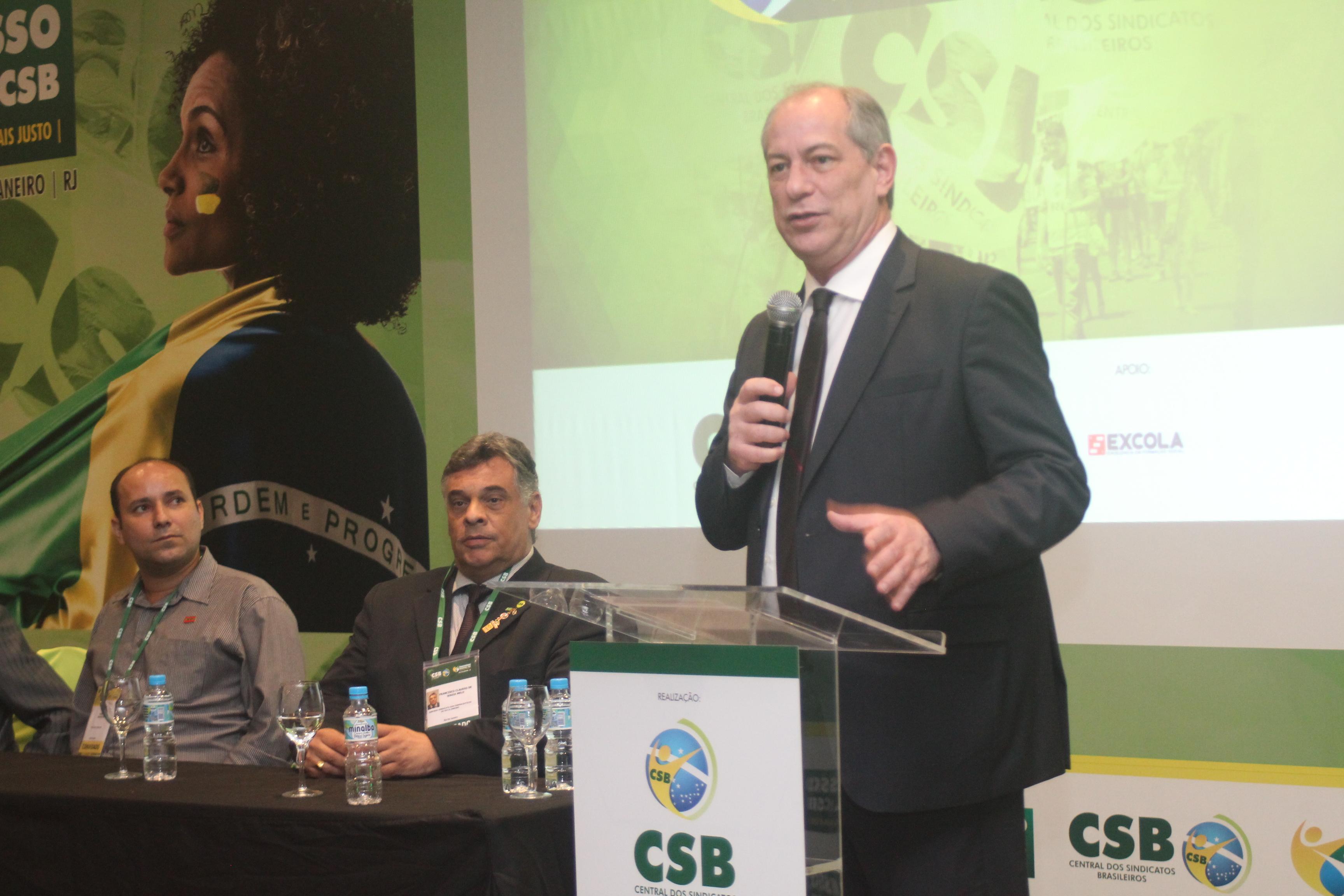 """""""O que está se fazendo é uma crueldade inaceitável"""", diz Ciro Gomes sobre a agenda de retrocessos"""