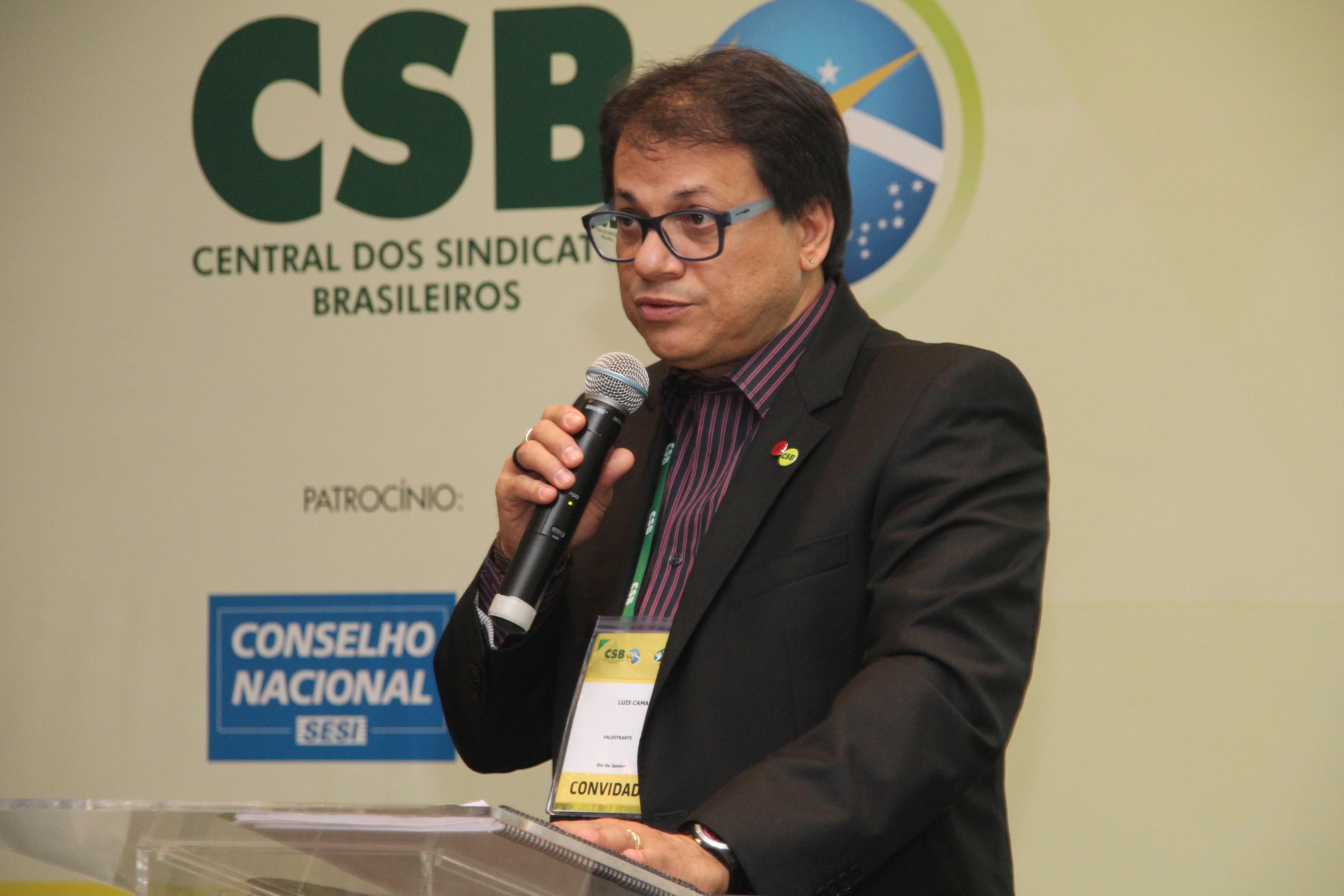 """Luís Antonio Camargo: """"O sindicato é que tem a prerrogativa de negociar coletivamente"""""""