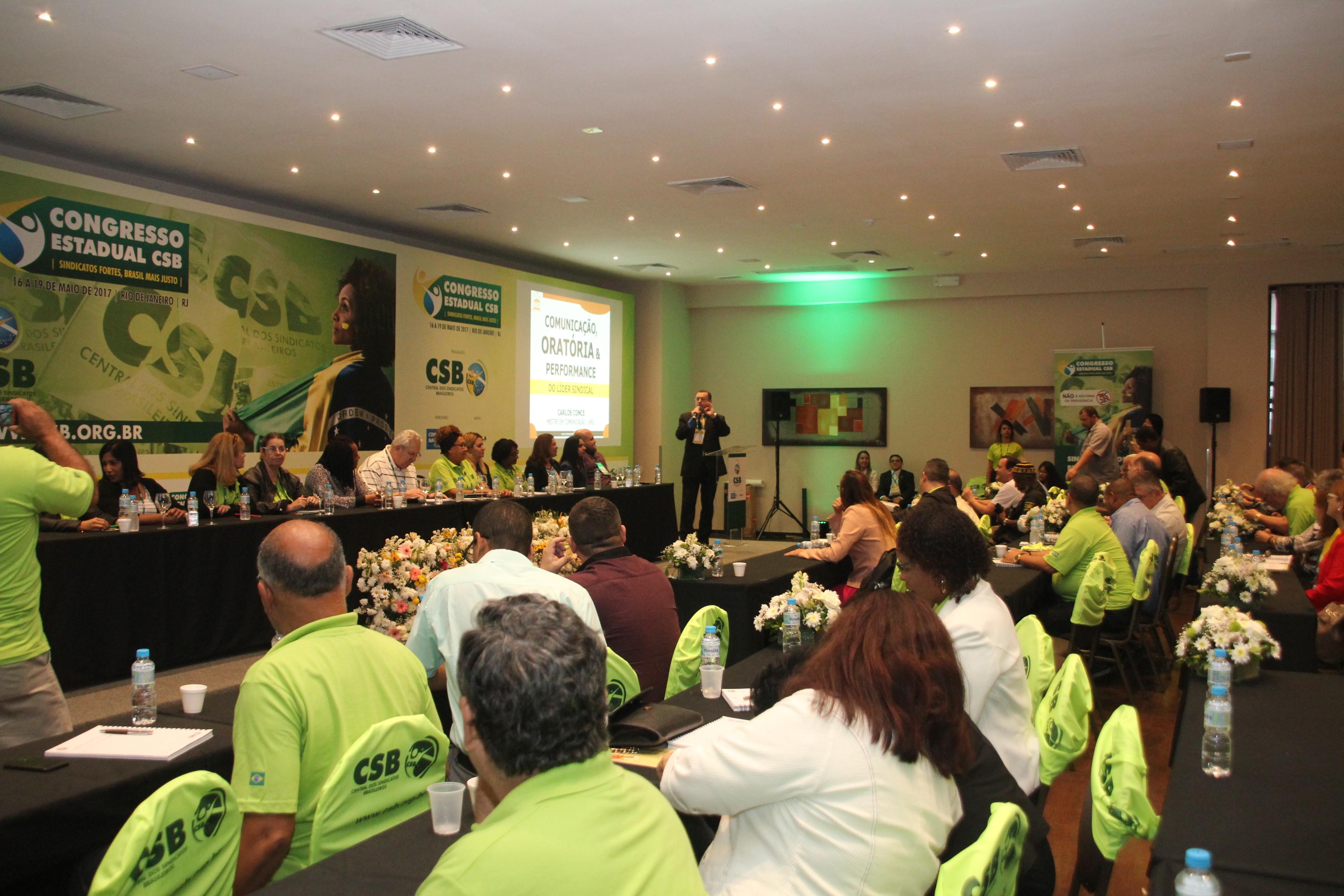 Carlos Conce defende que a comunicação é fundamental para o trabalho do líder sindical