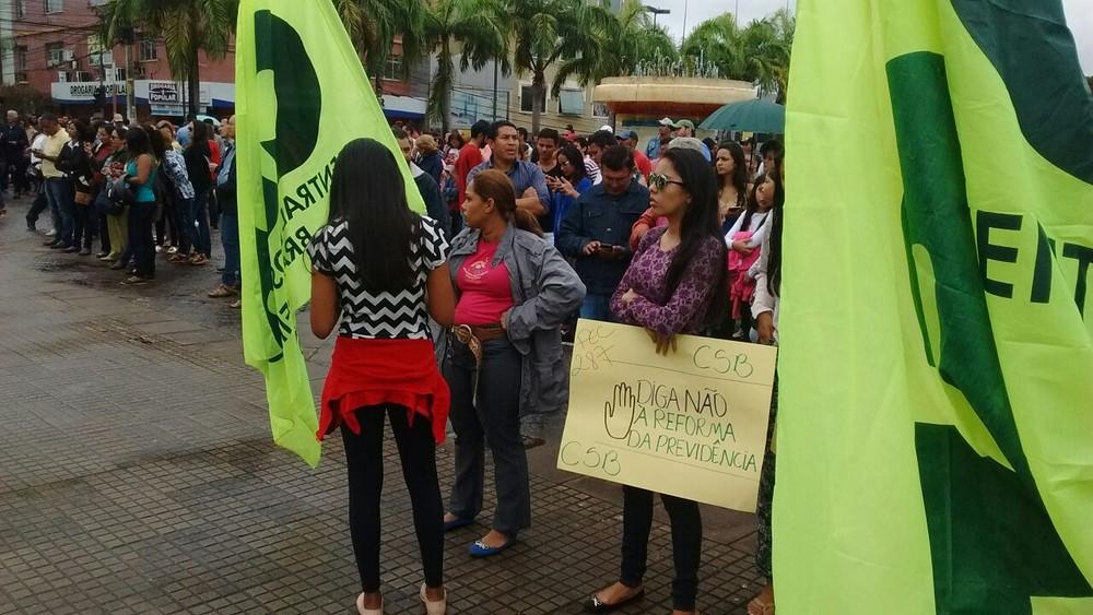 Paralisação atinge escolas e serviços públicos em Rio Branco
