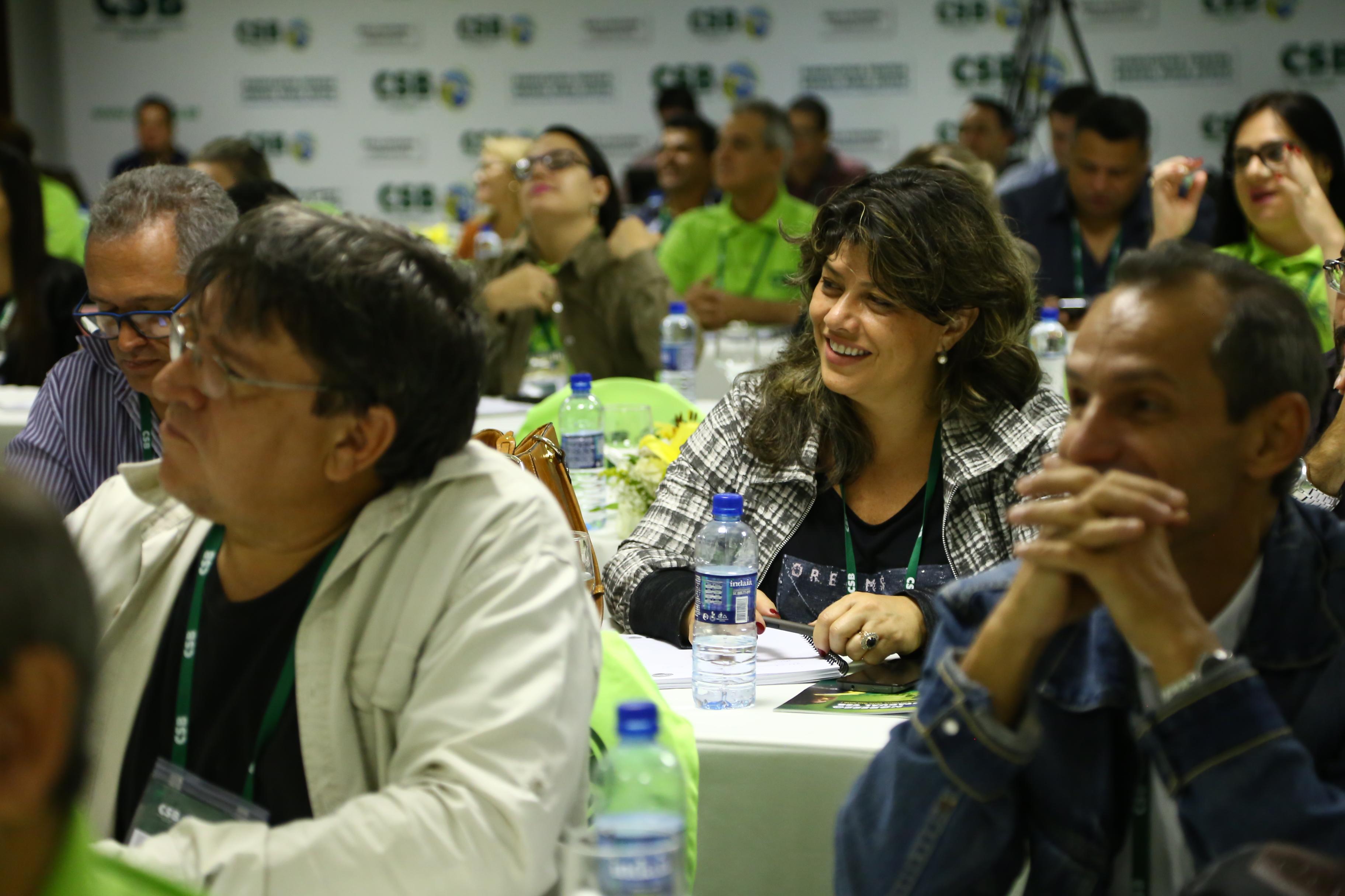 Dirigentes goianos debatem a importância das ações coletivas e do estatuto sindical em Congresso Estadual