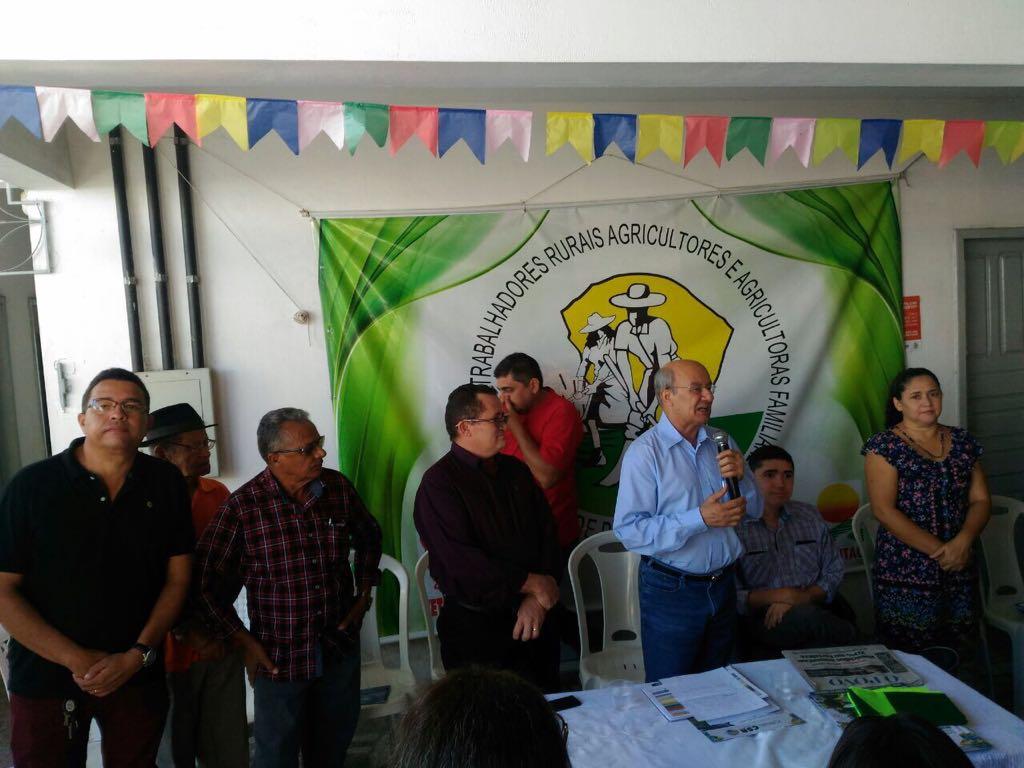 Em plenária, trabalhadores rurais de Pacajus (CE) debatem as reformas do governo