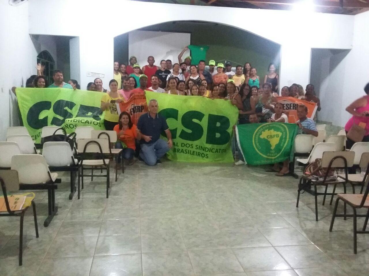 Por fim das precariedades nas relações de trabalho, servidores de São Romão fundam sindicato