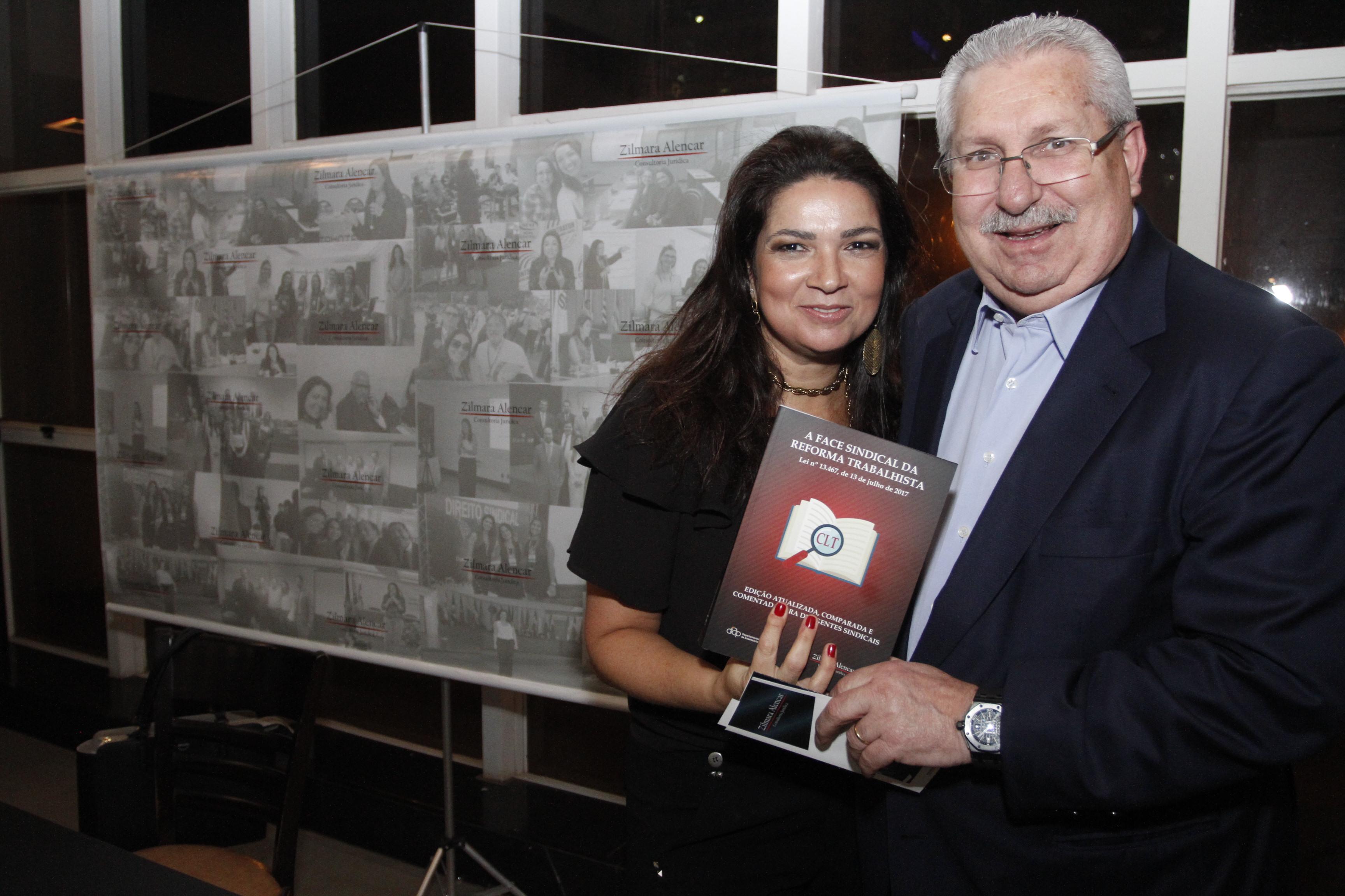 Consultora Zilmara Alencar lança livro que analisa reforma trabalhista