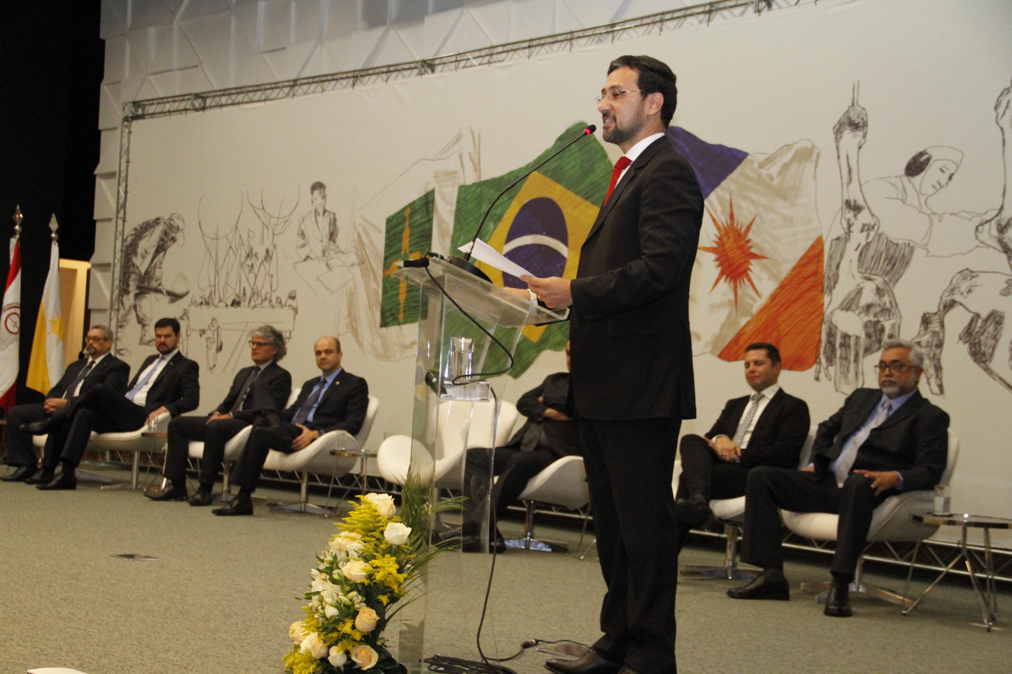 Erlan Prado toma posse do cargo de procurador-chefe do Ministério Público do DF e TO