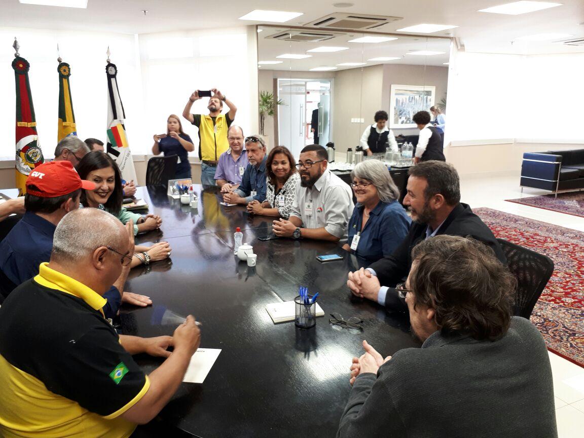 Desembargadora do TRT de Porto Alegre apoia ato das centrais contra reforma trabalhista