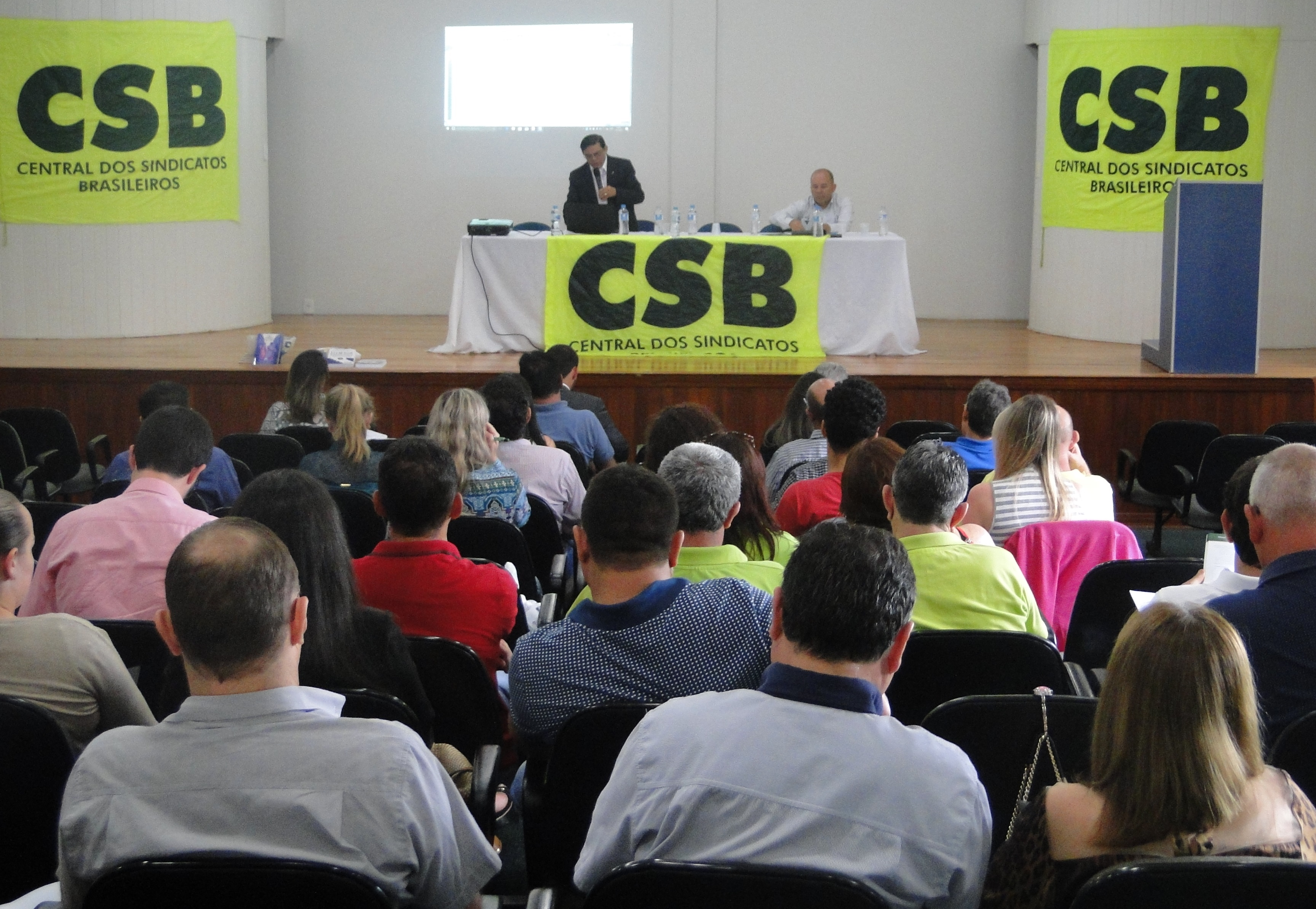 Seminário jurídico debate inconstitucionalidade da reforma trabalhista