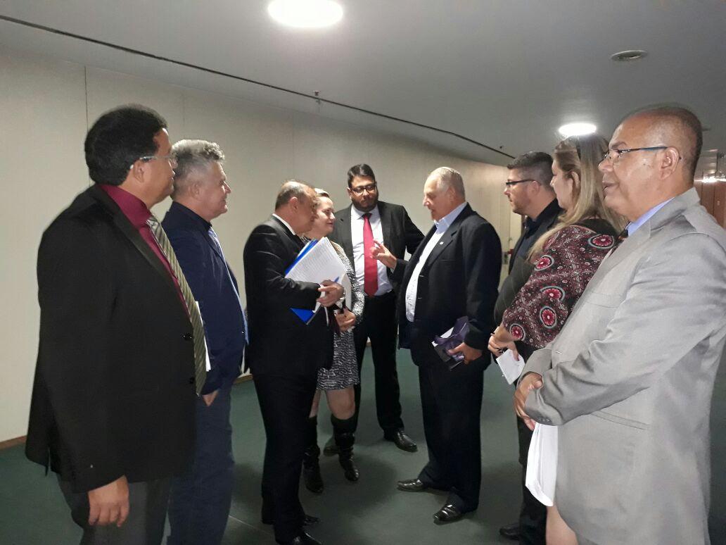 Comissão de taxistas na Câmara – PL 5587