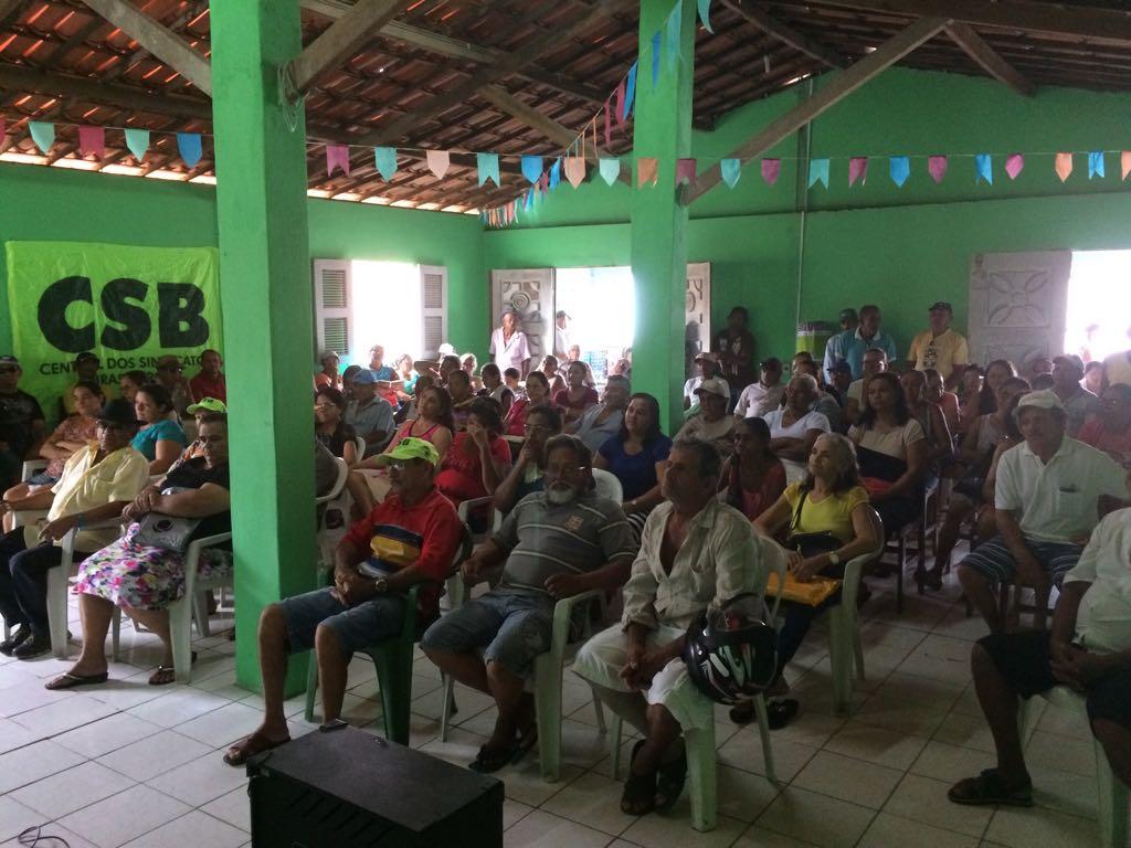 CSB e trabalhadores rurais de Itaitinga debatem liberação de terras e campanha de sindicalização