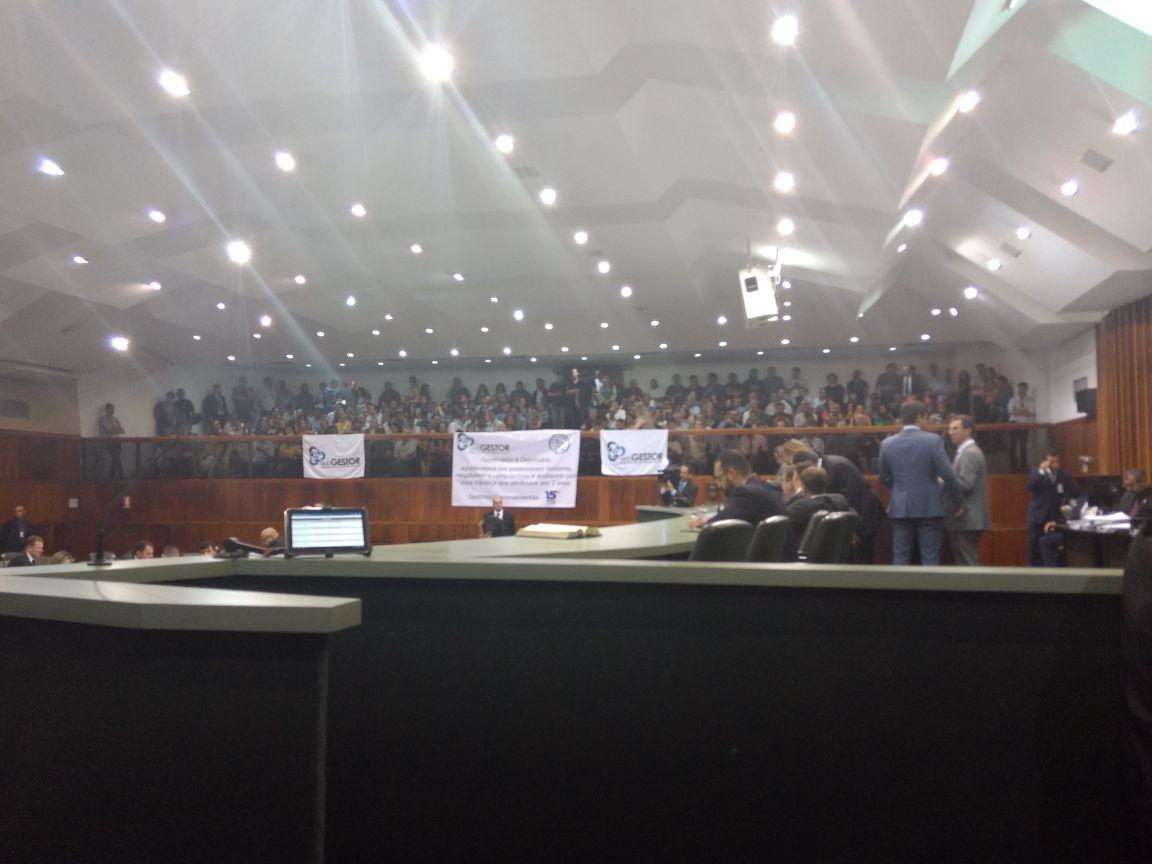 Projeto que muda Plano de Cargos e Remuneração de gestores governamentais é aprovado na Assembleia Legislativa de Goiás