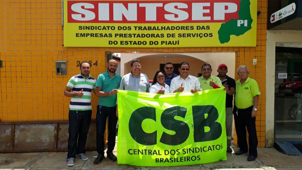 Sindicato de prestadores de serviços do PI filia-se à CSB