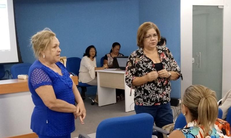 """Dentistas e Enfermeiros somam forças e criam a """"quarta-feira de luta"""""""