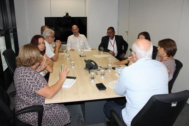 SISIPSEMG se reúne com direção do IPSEMG e representante do governo