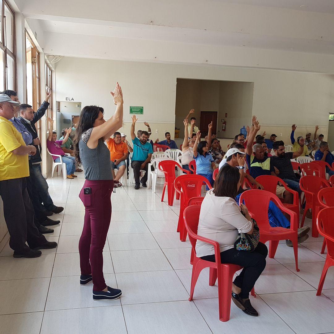 Servidores de Patos de Minas aprovam desconto da contribuição sindical