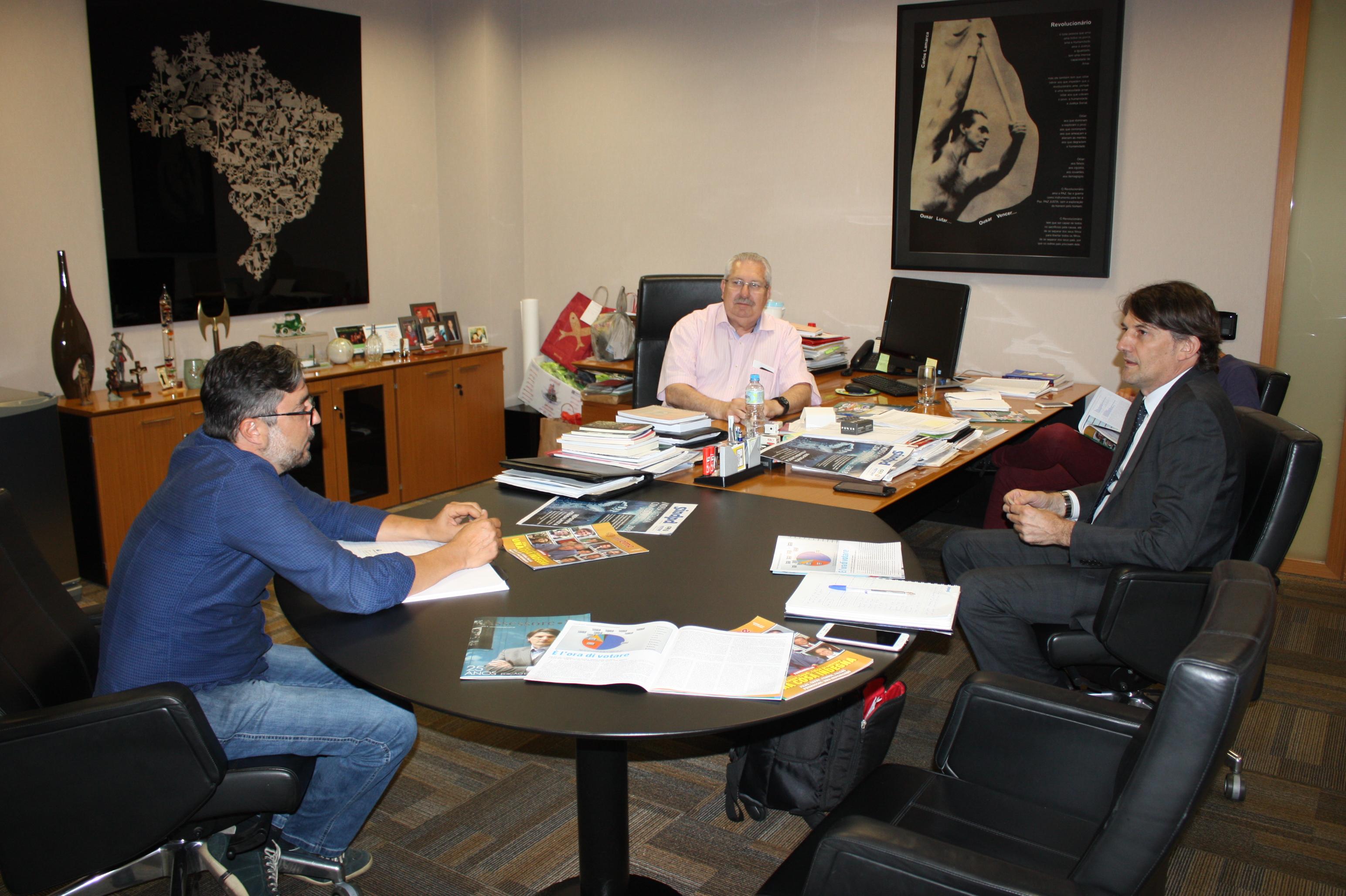 CSB recebe a visita de candidato ao Parlamento Italiano