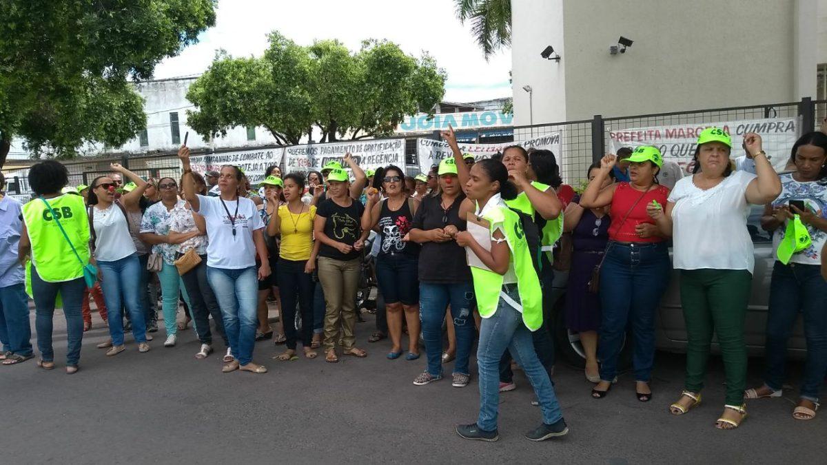 Servidores de Pirapora fazem Ato de Repúdio contra a Administração Municipal