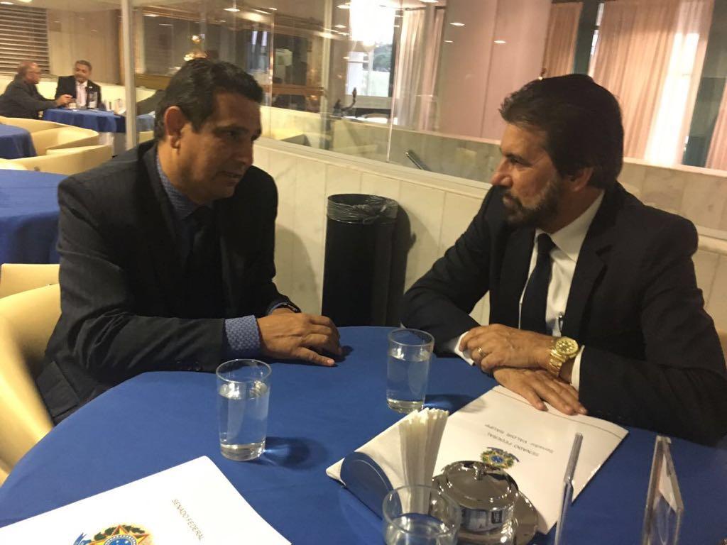 Sindisaúde de Rondônia debate com senador Valdir Raupp MP que inclui servidores nos quadros da União