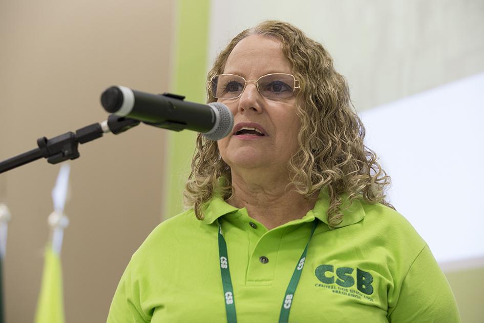"""""""Nossa pauta de luta é: defesa do emprego e da igualdade"""", diz secretária da CSB"""