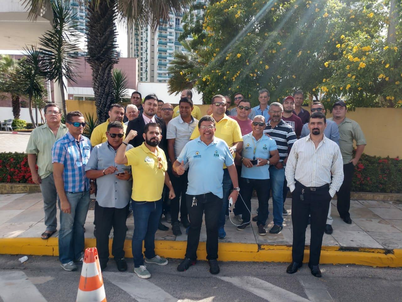 SINDITAXI-CE pede veto ao PL que regulamenta os aplicativos de transporte em Fortaleza(CE)