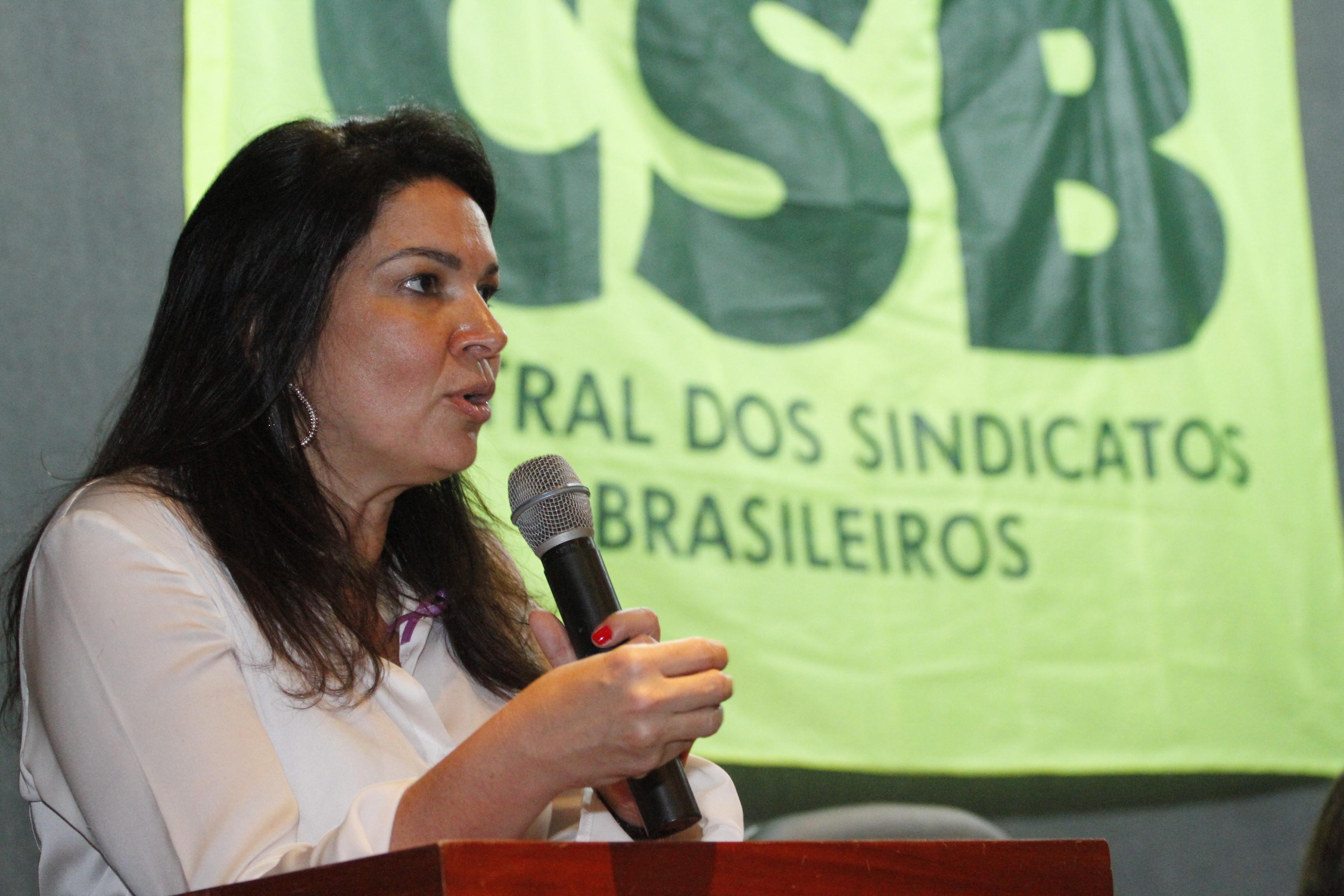 Debate sobre os desafios do movimento sindical encerra seminário jurídico da CSB