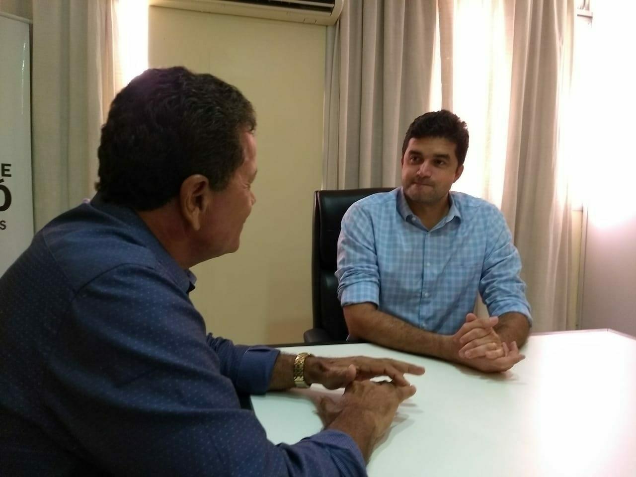 Taxistas pedem à prefeitura de Maceió celeridade na regulamentação dos aplicativos de transporte individual
