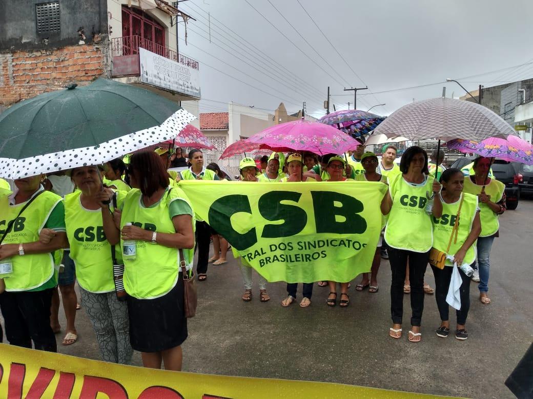 Após mobilização, servidores de Umbaúba (SE) conseguem reunião com prefeito sobre o Plano de Carreira