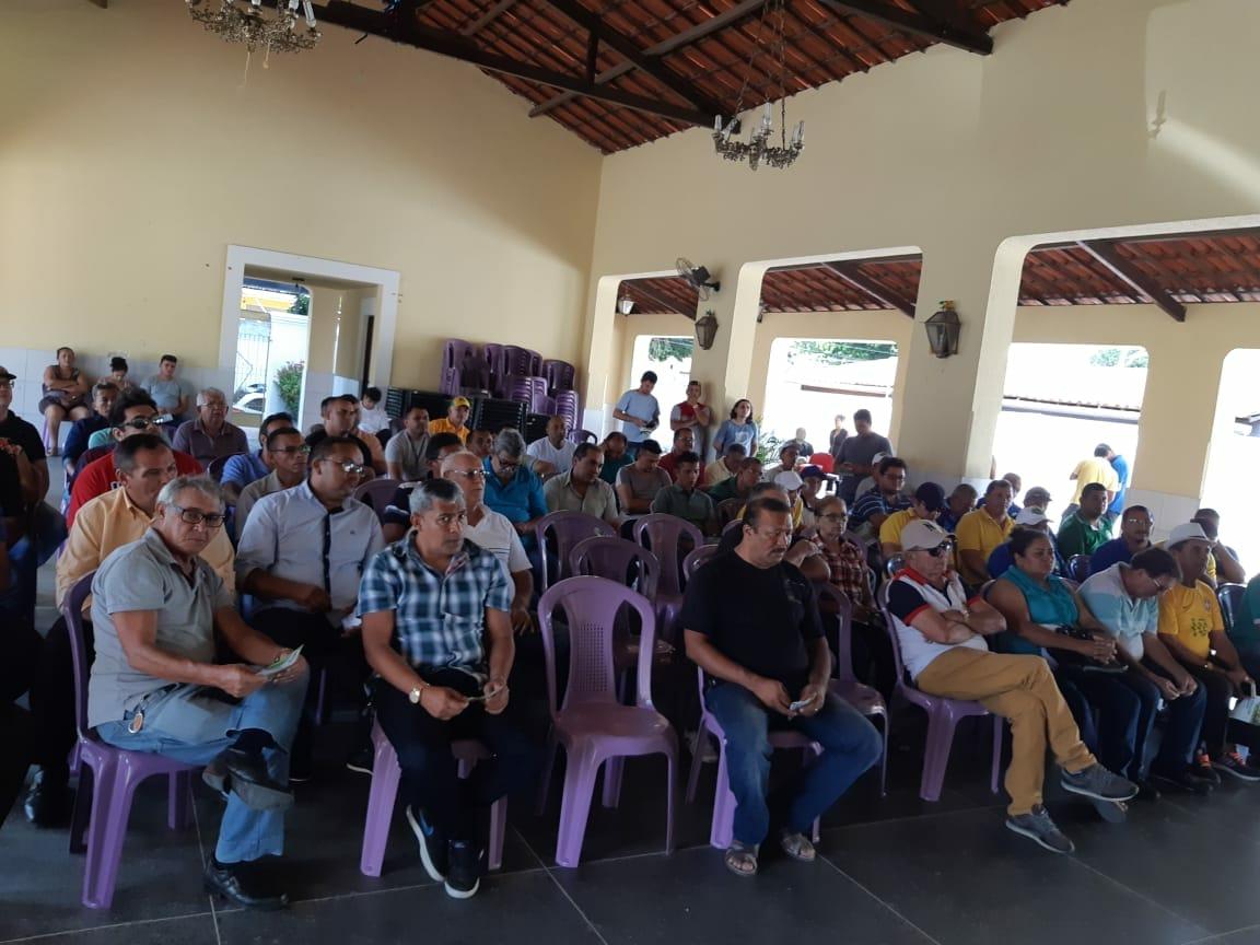SINDITAXI-CE participa de entrega da portaria aos taxistas de Caucaia