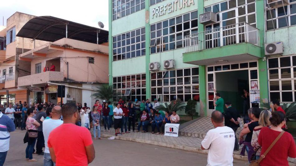 Servidores de Ibatiba (ES) entram em greve geral na próxima segunda-feira (3)