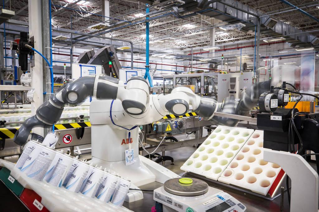 Robôs ameaçam 54% dos empregos formais no Brasil