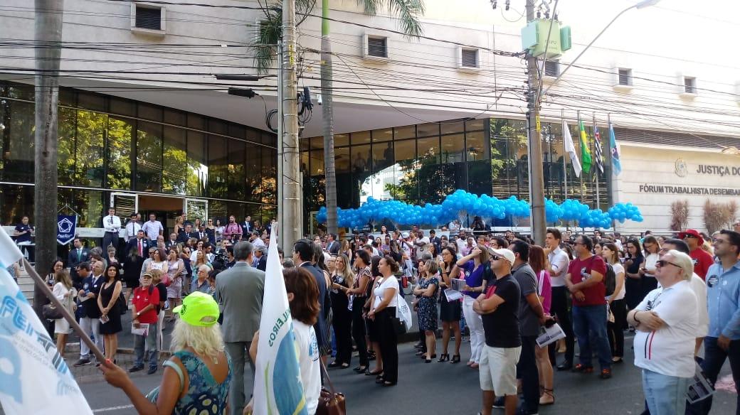 Ato em Campinas (SP) encorpa mobilização nacional em defesa da Justiça do Trabalho