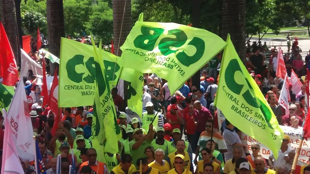 Em assembleia, trabalhadores aprovam mobilizações contra a reforma da Previdência