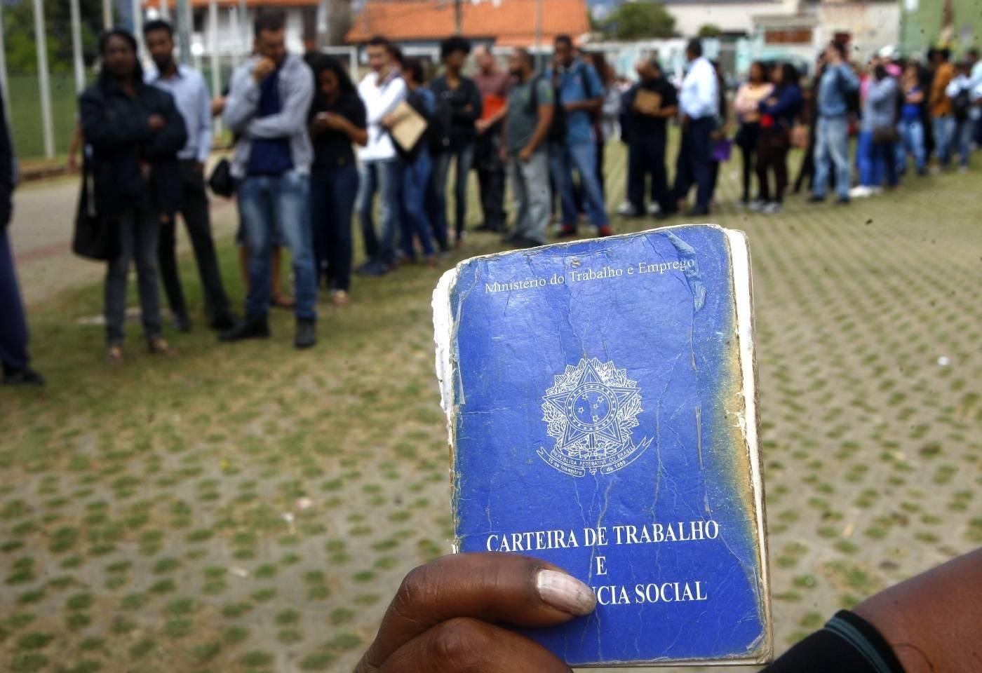 Desemprego é o maior em 7 anos em 13 capitais do país, diz IBGE