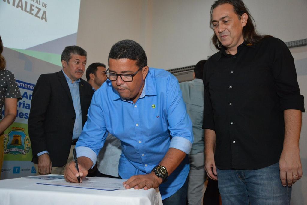 SINDITAXI participa do lançamento da campanha contra a exploração sexual de menores em Fortaleza