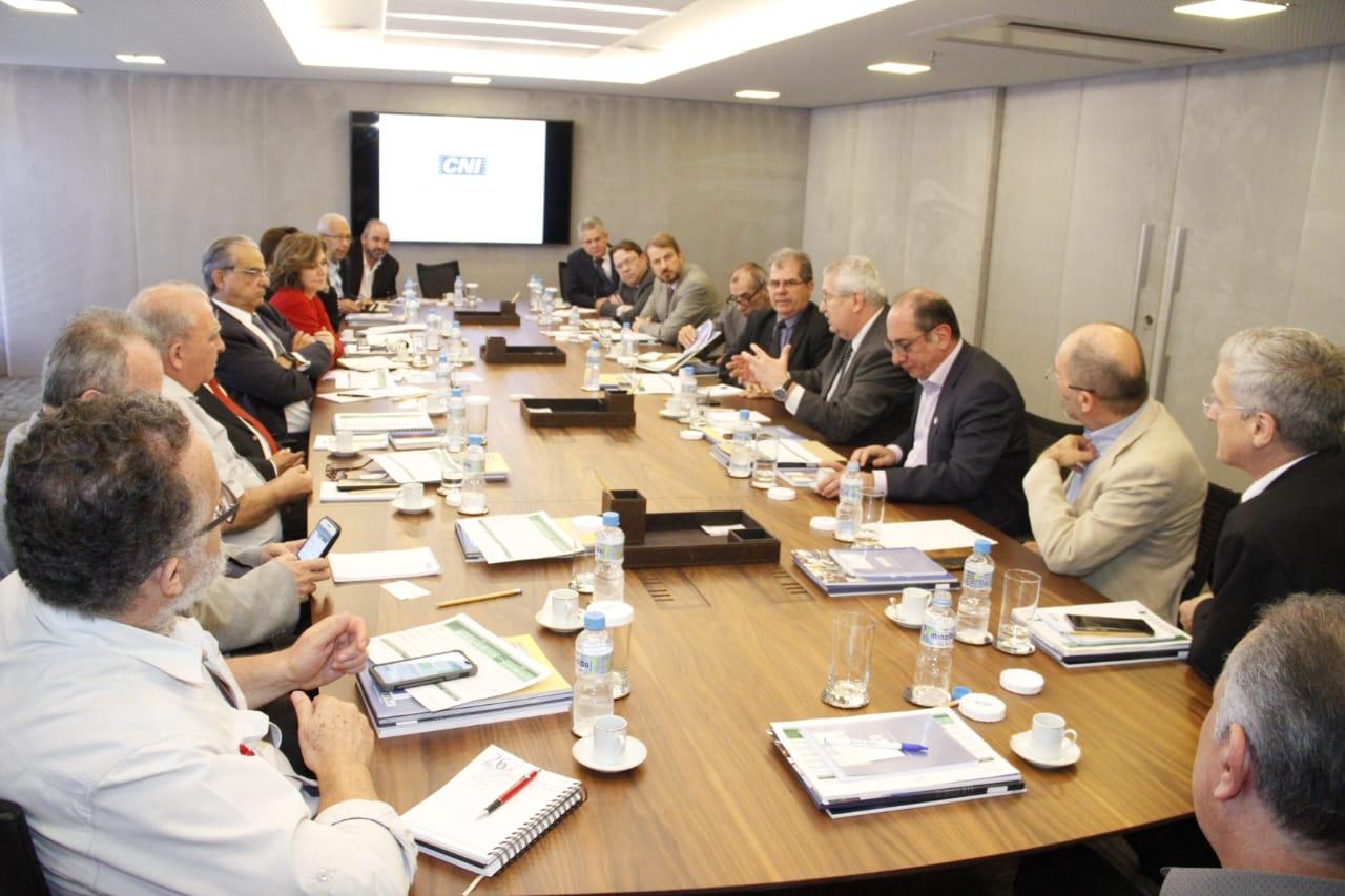 Centrais e CNI discutem a retomada do emprego e do desenvolvimento nacional