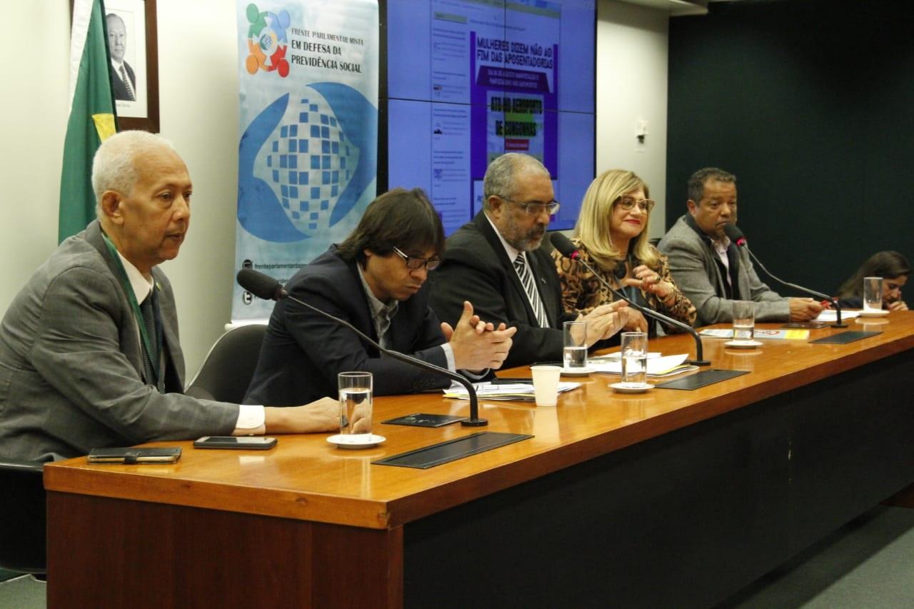 Frente em Defesa de Previdência se mobiliza contra a perda de direitos
