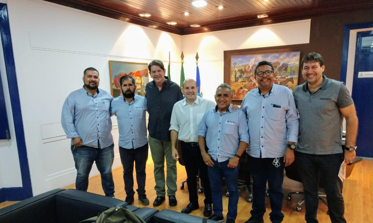 SINDITAXI-CE se reúne com Prefeito Roberto Claúdio e apresenta demandas dos taxistas
