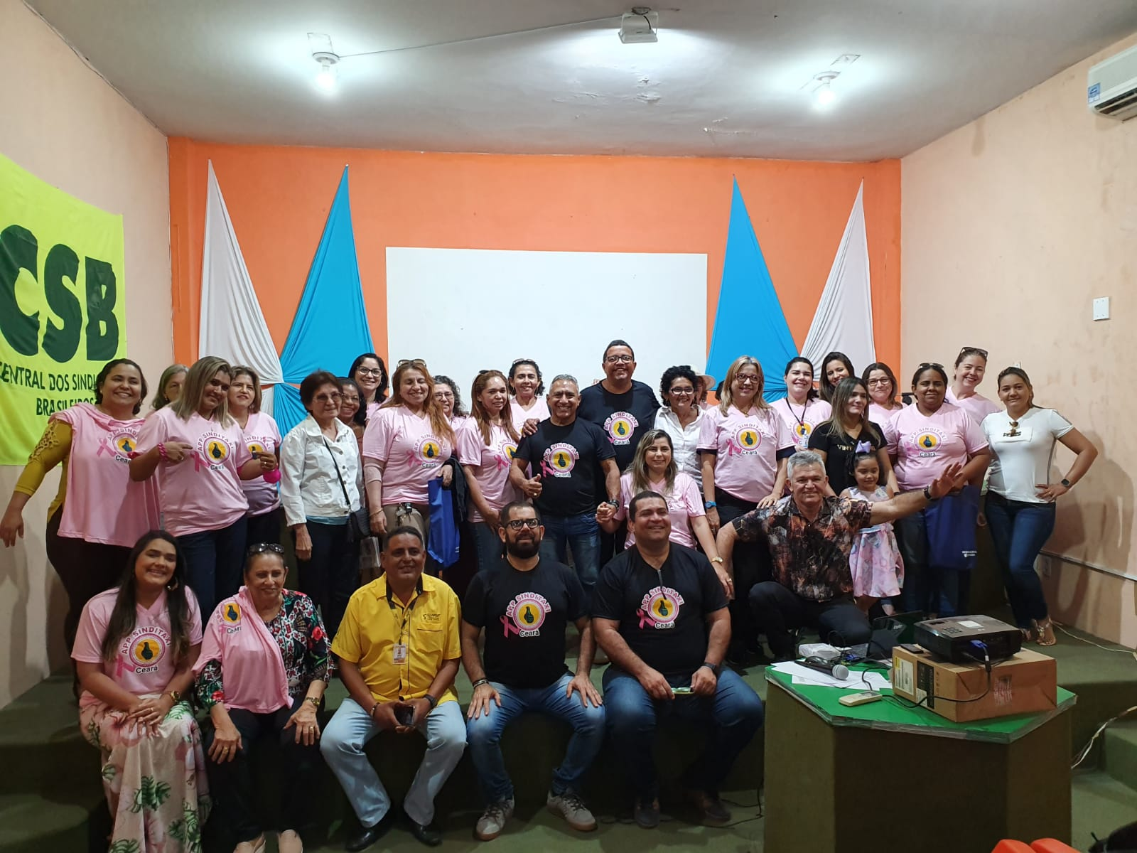 Sindicato dos taxistas do Ceará organiza evento com as trabalhadoras da categoria