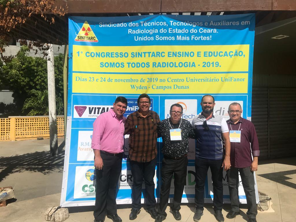 Sinttarc realiza congresso para discutir ensino e educação
