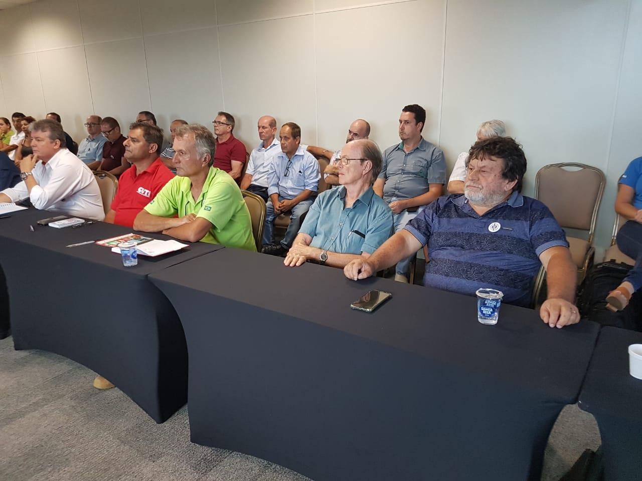 CSB participa de reunião e defende reajuste de piso salarial aos trabalhadores de Santa Catarina